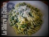 pasta con spinaci e gorgonzola